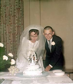 Thomas Andrew and Gladys Edna Wellendorf Black Wedding Photo